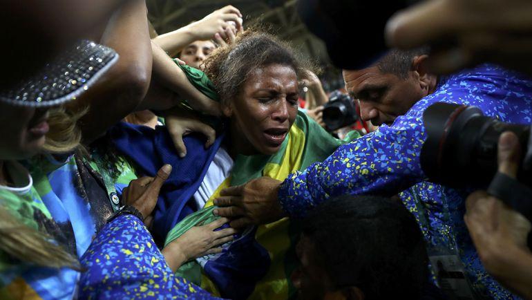 Понедельник. Рио-де-Жанейро. Рафаэла СИЛВА. Фото REUTERS
