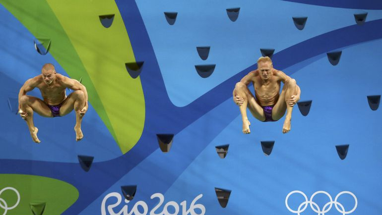 Евгений КУЗНЕЦОВ и Илья ЗАХАРОВ. Фото REUTERS