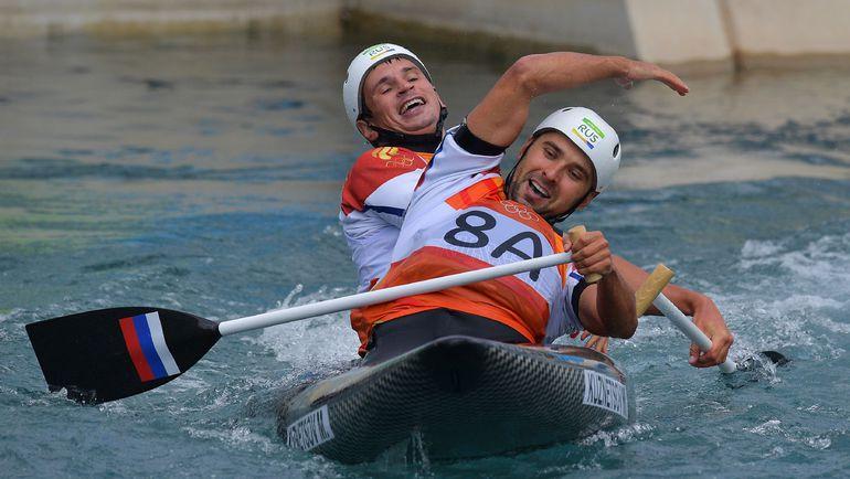 Михаил КУЗНЕЦОВ и Дмитрий ЛАРИОНОВ. Фото AFP