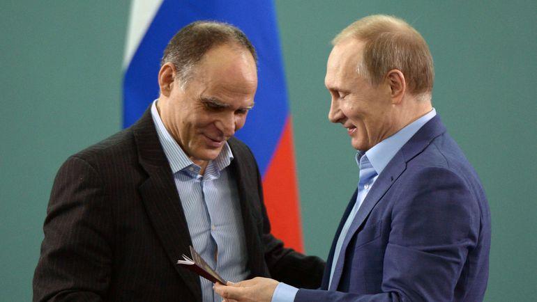 Эцио ГАМБА и Владимир ПУТИН. Фото AFP
