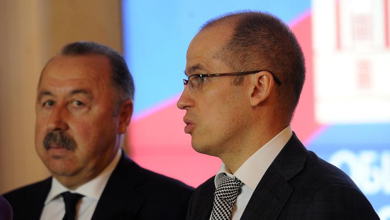 "Александр БРЕЧАЛОВ (справа) и Валерий ГАЗЗАЕВ. Фото Алексей ИВАНОВ, ""СЭ"""