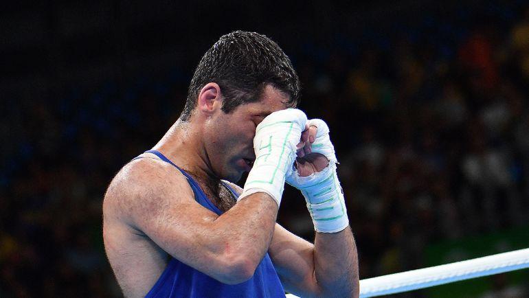 Воскресенье. Рио-де-Жанейро. Миша АЛОЯН после поражения. Фото AFP