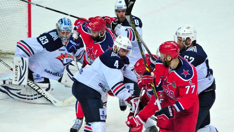 Магнитогорский «Металлург» обыграл ЦСКА вматче открытия сезона КХЛ