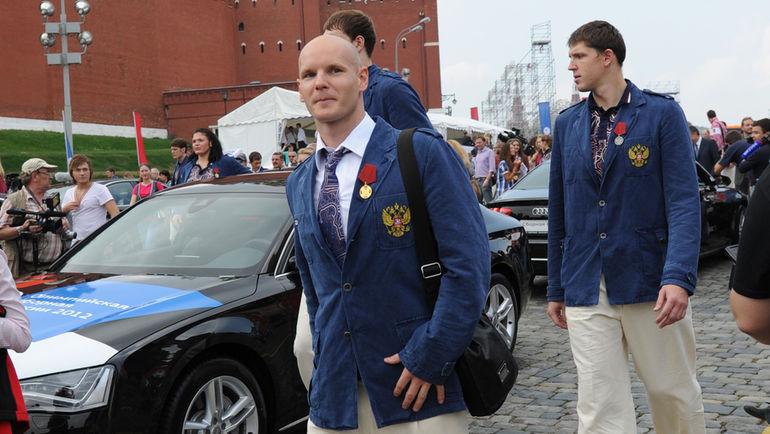 В августе 2012-го Евгений КОРОТЫШКИН получил автомобиль за серебро Игр в Лондоне. Фото Татьяна ДОРОГУТИНА