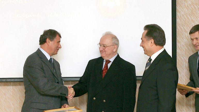 Анатолий БЫШОВЕЦ, Никита СИМОНЯН и Виталий МУТКО. Фото Татьяна ДОРОГУТИНА