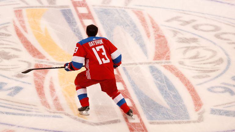Павел ДАЦЮК не играл с Финляндией из-за травмы. Фото AFP