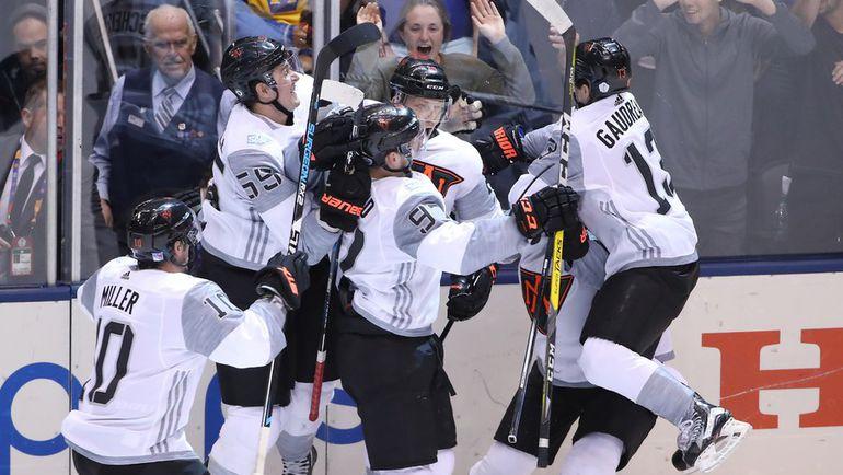 Эмоции молодых игроков сборной Северной Америки. Фото AFP