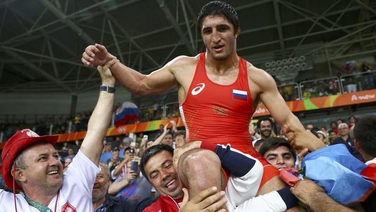 20 августа. Рио-де-Жанейро. Только что Абдулрашид САДУЛАЕВ стал олимпийским чемпионом. Фото REUTERS