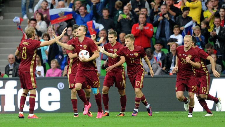ФИФА рекомендовала РФ как можно больше товарищеских матчей играть дома