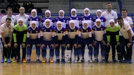 В мини-футбол – в хиджабах