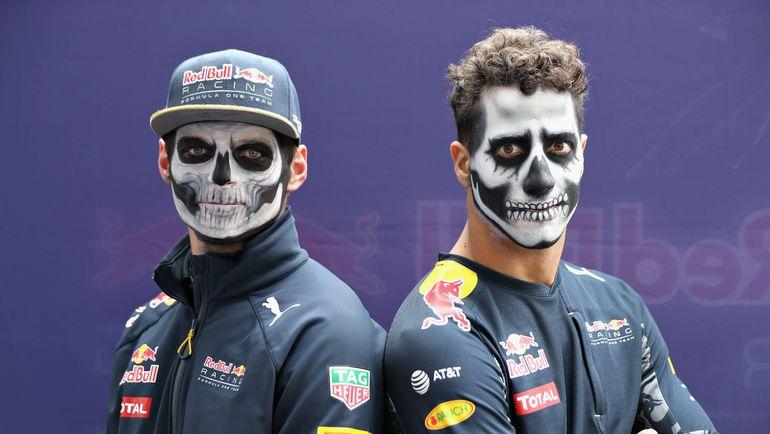 Четверг. Мехико. Макс ФЕРСТАППЕН и Даниэль РИККЬЯРДО готовы к Дню мертвых. Фото AFP