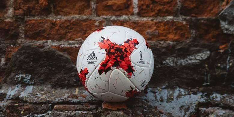 Мяч Кубка конфедераций-2017 получил название «Красава»