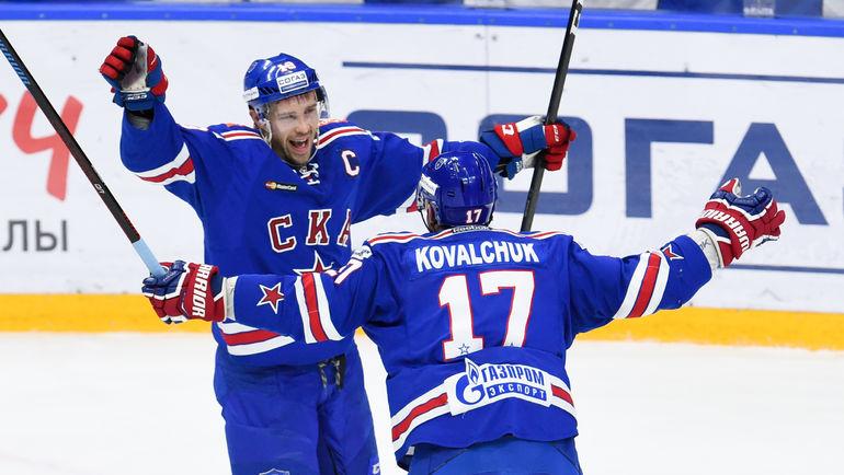 Павел ДАЦЮК и Илья КОВАЛЬЧУК. Фото ХК СКА/SKA.RU