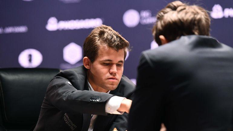 Карлсена наказали зауход спресс-конференции после проигрыша Карякину