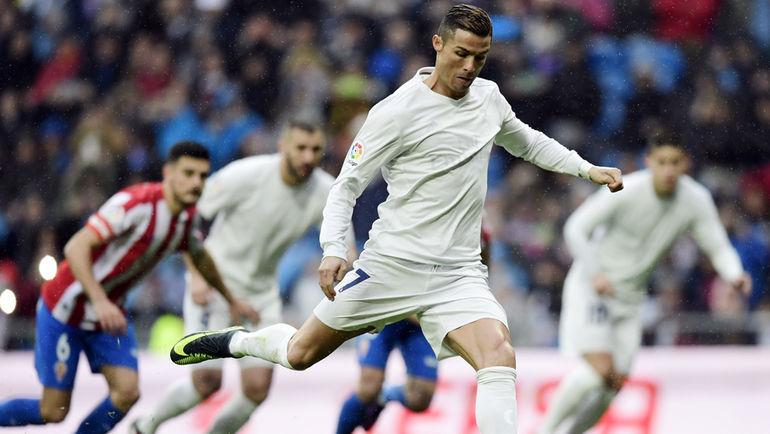 """Дубль КРИШТИАНУ РОНАЛДУ позволил """"Реалу"""" увеличить отрыв от """"Барселоны"""" перед очной встречей. Фото AFP"""