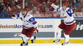 5 января 2011 года. Канада - Россия - 3:5. Артемий ПАНАРИН (№27) и Владимир ТАРАСЕНКО ликуют на фоне грусти канадцев.