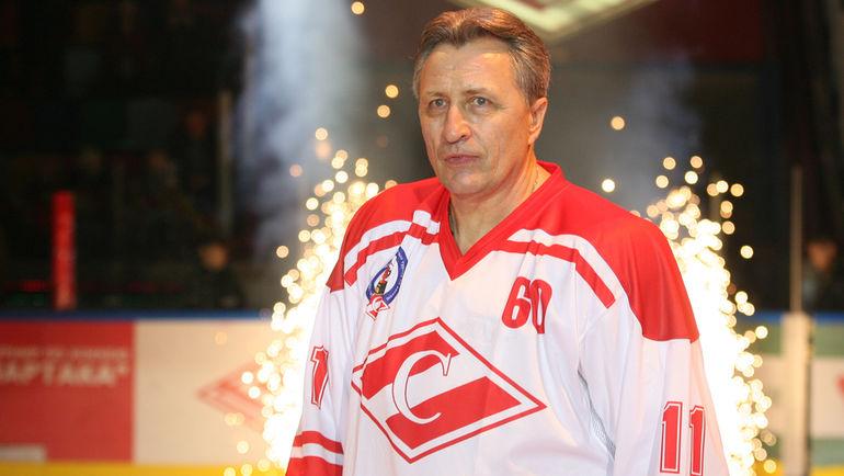 2007 год. Александр ЯКУШЕВ на матче по случаю своего 60-летия