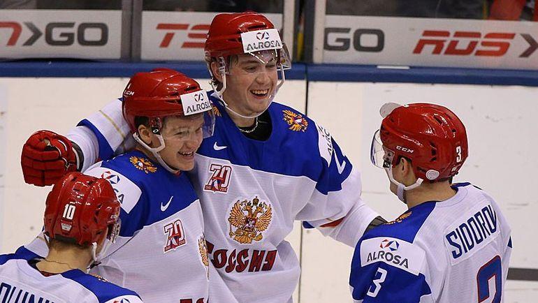 Россия разгромила Данию и вышла в полуфинал МЧМ по хоккею (Видео)
