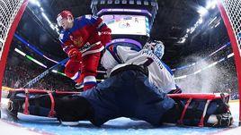 Сегодня. Монреаль. США - Россия - 4:3 Б. Россия могла претендовать на победу при серии буллитов по старым правилам, но не смогла удержать преимущества после того, как та не ограничилась тремя попытками.
