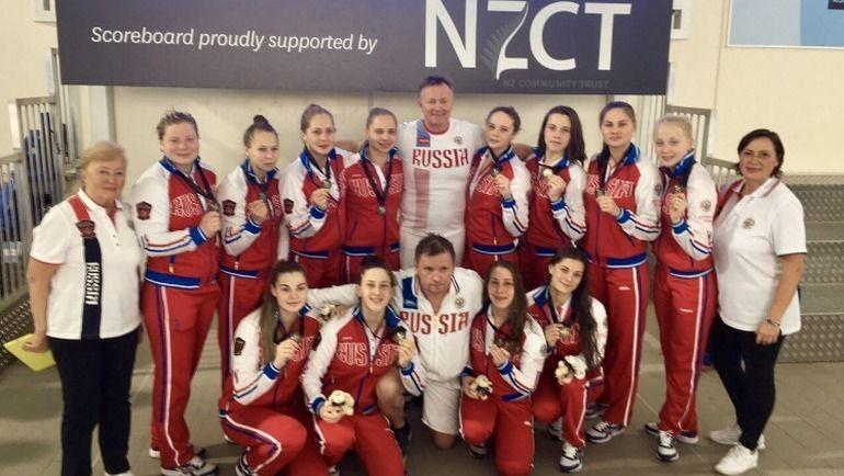 Сергей МАРКОЧ (в центре) со своей командой.