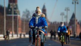 Велопарад в Москве:  кому мороз - не помеха