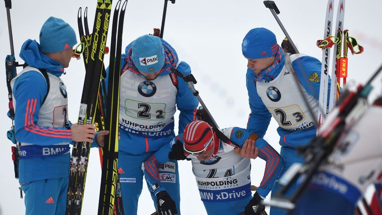 Русские биатлонистки провалили эстафету, отстреляв хуже всех команд