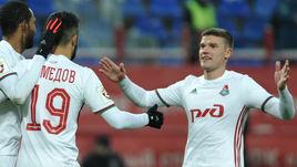 Александр САМЕДОВ (№19) и Игорь ДЕНИСОВ теперь будут играть за разные команды.