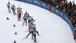 Мир биатлона:  против России или допинга?