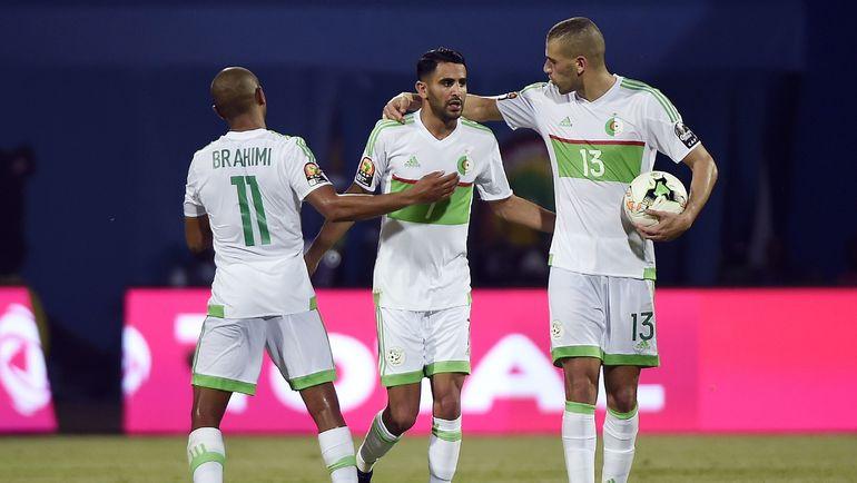 Сборные Алжира иЗимбабве сыграли вничью вматче Кубка Африки пофутболу