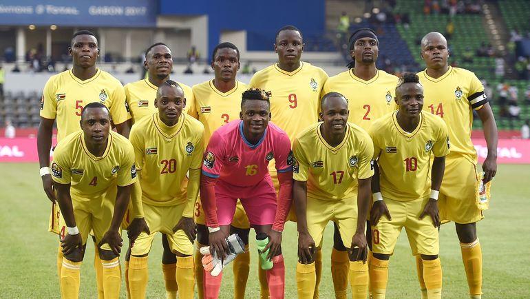 Ноледж МУСОНА (№17) в составе сборной Зимбабве. Фото AFP