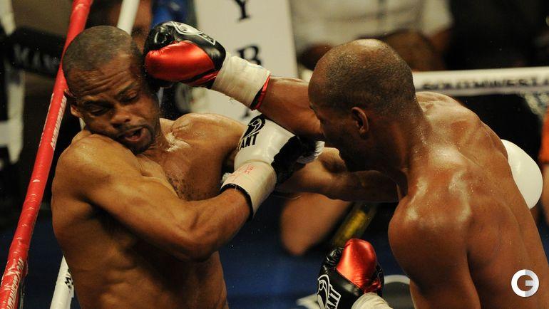 2010 год. Рой ДЖОНС против Бернарда ХОПКИНСА. Фото AFP