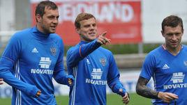 Артем ДЗЮБА, Александр КОКОРИН и Павел МАМАЕВ (слева направо).