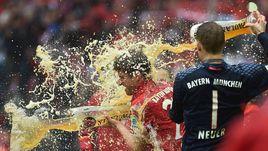 """Ждет ли """"Баварию"""" очередной пивной душ в честь пятой подряд победы в чемпионате Германии?"""