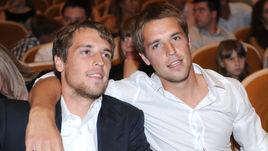 Дмитрий и Кирилл Комбаровы: такие разные близнецы
