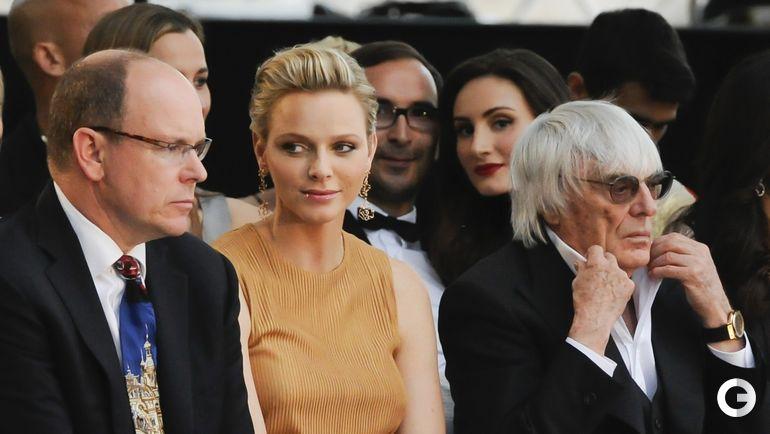 Князь Монако Альберт II, его супруга Шарлен и Берни ЭККЛСТОУН. Фото REUTERS