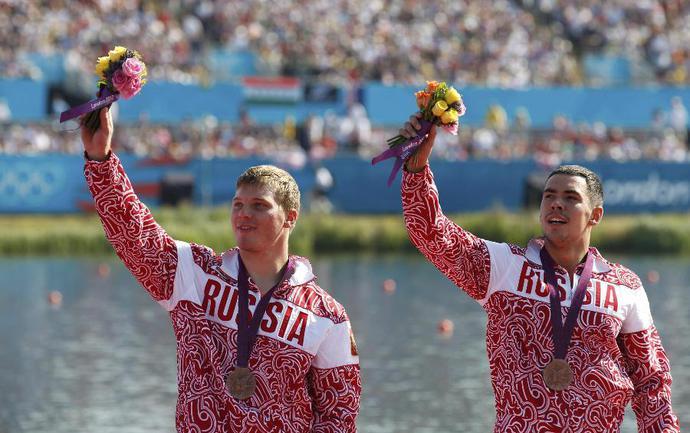Бронзовые призеры Олимпиады-2012 в соревнованиях каноэ-двоек на дистанции 1000 метров Алексей КОРОВАШКОВ и Илья ПЕРВУХИН. Фото REUTERS