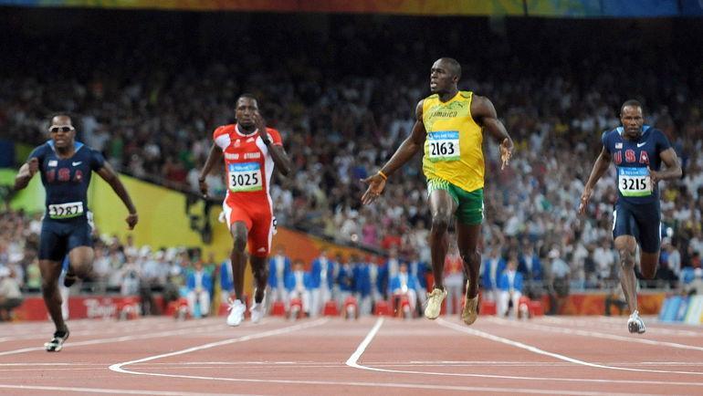 2008 год. Золотой финиш Усэйна БОЛТА на олимпийской 100-метровке. Фото AFP