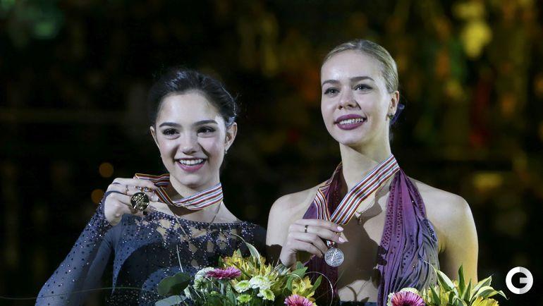 Пятница. Остава. Евгения МЕДВЕДЕВА и Анна ПОГОРИЛАЯ. Фото REUTERS