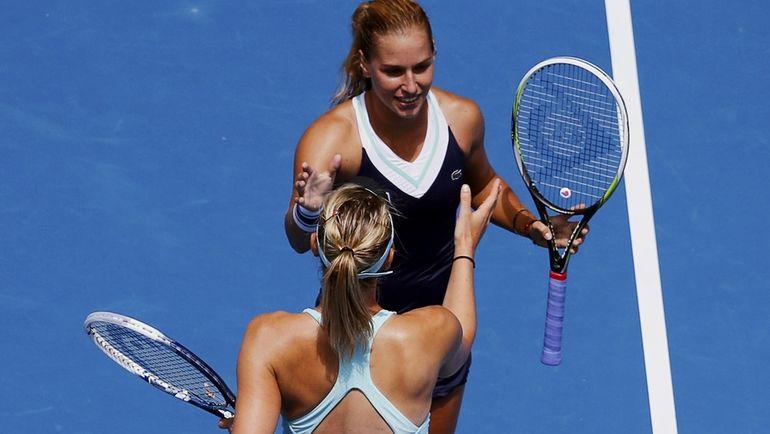Доминика ЦИБУЛКОВА и Мария ШАРАПОВА на Australian Open-2014. Фото REUTERS