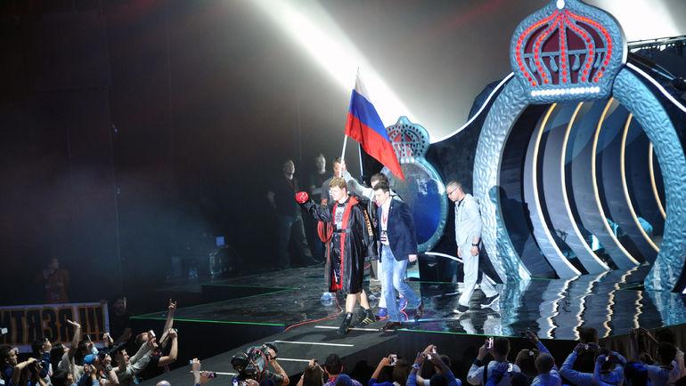 Александр ПОВЕТКИН со своей командой. Фото Татьяна ДОРОГУТИНА