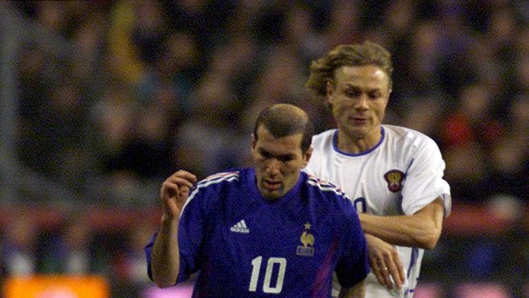 Зинедин ЗИДАН и Валерий КАРПИН. Фото REUTERS