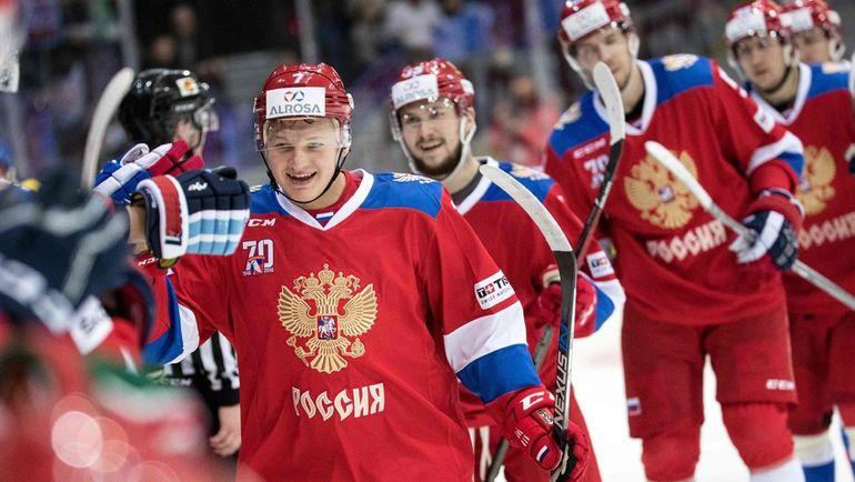 Хоккеисты сборной РФ победили вЕвротуре