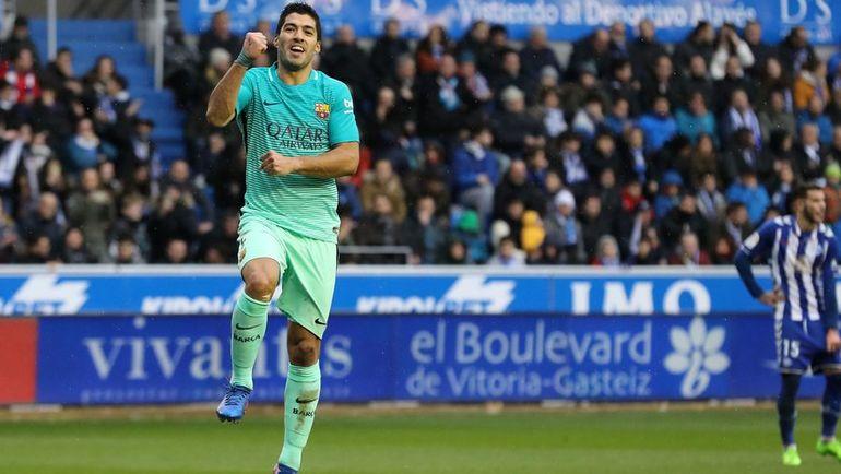 """Сегодня. Витория-Гастейс. """"Алавес"""" - """"Барселона"""" - 0:6. Луис СУАРЕС отметился дублем в этом матче. Фото AFP"""