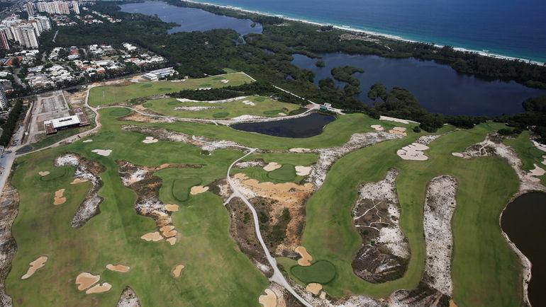 Поля для гольфа, стоившие 16 миллионов фунтов стерлингов, выглядят удручающе. В Рио трудно привлечь достаточно игроков, чтобы содержать поля в надлежащем состоянии. Фото REUTERS