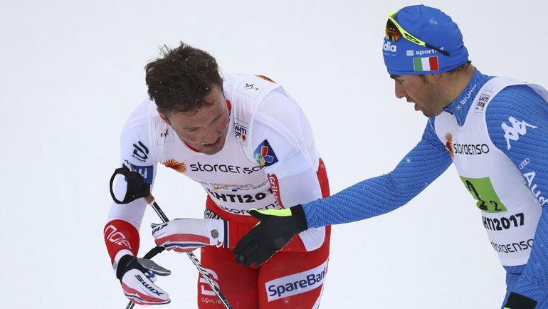 Сегодня. Лахти. Федерико ПЕЛЛЕГРИНО (справа) и Эмиль ИВЕРСЕН после финиша. Фото REUTERS