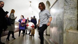 Пуйоль приехал в МГИМО на метро