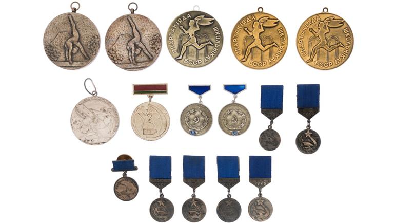 Коллекция из 16 медалей, в том числе за победы и призовые места на Спартакиадах за период 1967 - 1975 гг. Фото ha.com