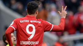 Левандовски – в команде недели FIFA 17
