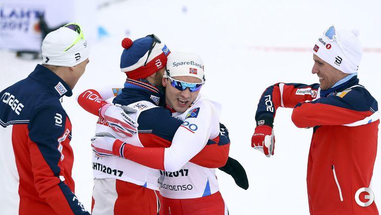 Сегодня. Лахти. Сборная Норвегии празднует победу. Фото AFP