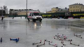 """Сегодня. Обухово. """"Водник"""" - """"Байкал-Энергия"""" - 3:4. Окажется ли действенной скорая помощь для российского хоккея с мячом?"""
